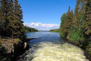 Wekusko Falls Provincial Park
