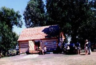 Village_of_McCreary_-_Burrows_Trail-Satterthwaite_Log_Cabin.jpg