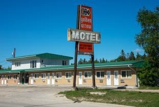 Golden Arrow Motel