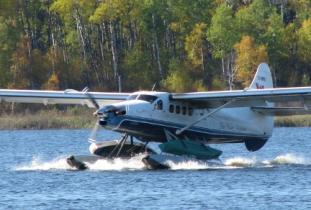 Blue_Water_Aviation.jpg