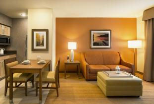 Homewood Suite1