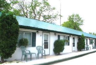 Hamilton_House_Motel.jpg