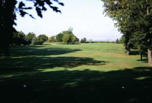 Oakview_Golf_&_Country_Club_Inc.jpg