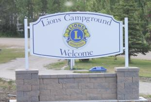 Sandy_Lake_Lions_Campground.jpg
