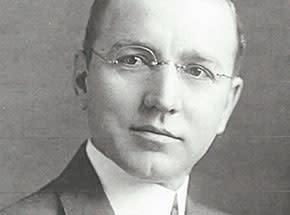 Dr-William-Scholl-photo