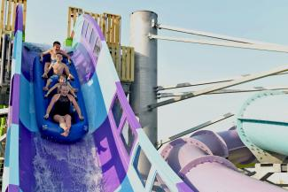 breakers-edge-hersheypark-boardwalk-summer-water-rides