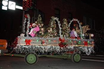 Don't miss the Christmas Under The Stars Parade in Brownsburg on Saturday!