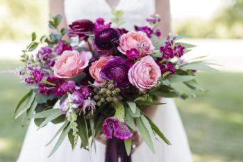 Fall Blackberries Included in the Bouquet (Erika Brown Photography)