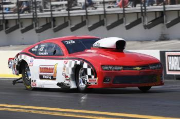 Rickie Smith to compete in Night of Thunder drag racing event