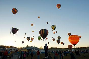 land-adventures-hot-air-balloons