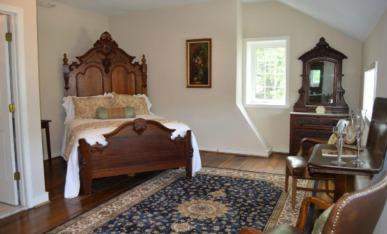 Inn At Springfield Manor Bedroom