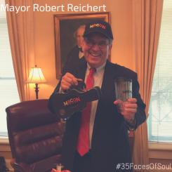 Mayor Robert Reichert