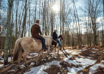 Beautiful Destinations - Horse Riding - Catskills - Winter - Photo by Beautiful Destinations