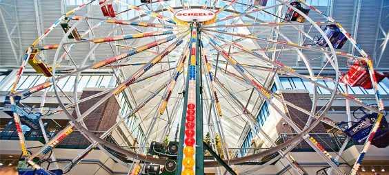 Scheels Ferris Wheel