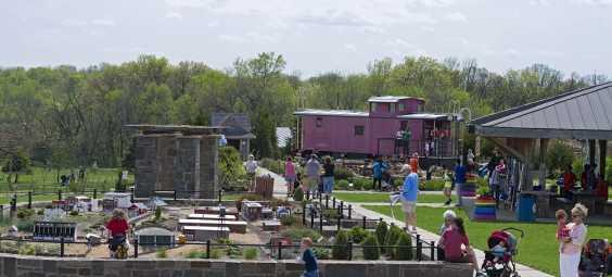 Arboretum Train