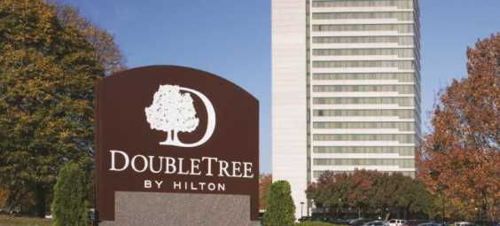 New DoubleTree Hotel Overland Park Exterior