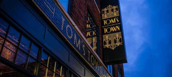 Toms Town Exterior