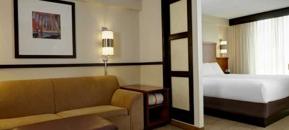 Hyatt Guestroom
