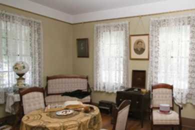 Mann-Simons Cottage