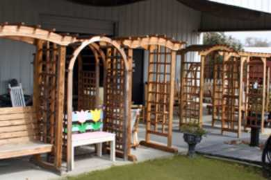 OutdoorWood Furniture & Gifts