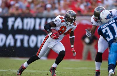 TAMPA BAY BUCCANEERS VS. TENNESSEE TITANS