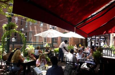 bistro-vendome-patio-day
