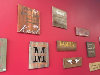 Make your own beautiful DIY wood sign at Bisque Barn.