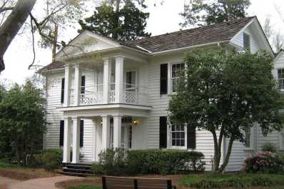 Historic Oak View