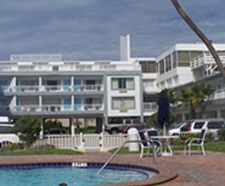 Days Inn & Suites Mainsail