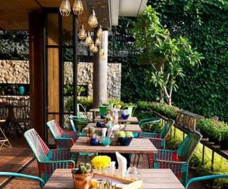 Delta Hotel Restaurant Seating