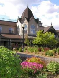 "Day Trip: Wine Tasting in Woodinville, Washington; Feeling ""Hoppy"" with Purple Smiles: Chateau St Michelle"