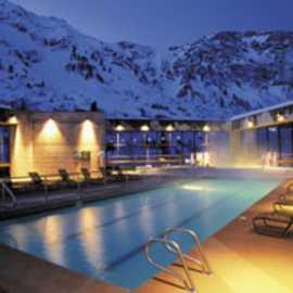 Cliff Spa Pool
