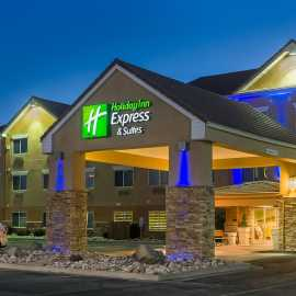 Hotel exterior at night. we have free parking well lite parking areas.