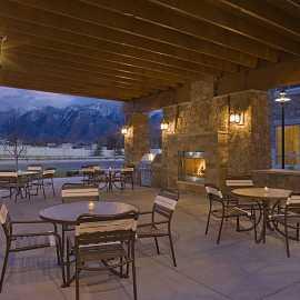 Hyatt House Salt Lake City / Sandy outdoor patio and BBQ area