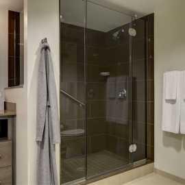 Hyatt House Bathroom