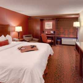 King Sleeping Room