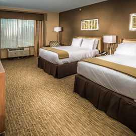 Guest Room Double Queen Standard
