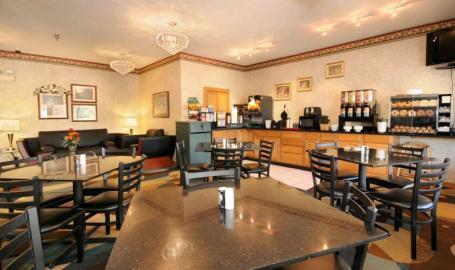 Best Western Crossroads Inn Hotel Schererville Breakfast