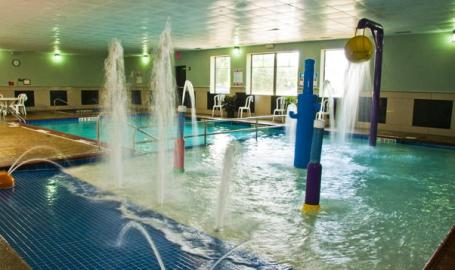 Best Western Portage Hotel Splash Pool Kids