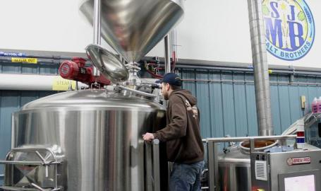 Bob Brewing at St John Malt Bros Brewery