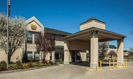 Comfort Inn Hotel Michigan City exterior