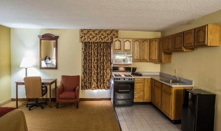 Comfort Inn Hotel Michigan City suite with kitchen