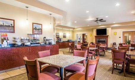 Comfort Suites Hotel Merrillville Breakfast