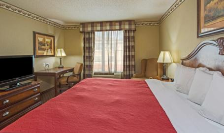 Country Inn and Suites Merrilllville Hotel king