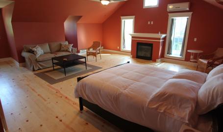 DunesWalk Inn Hotel Chesterton 3rd Floor Suite