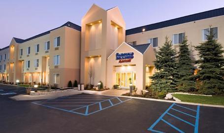 Fairfield Inn Hotel Merrillville Exterior