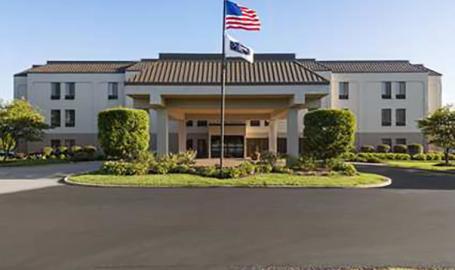 Hampton Inn Hotel Merrillville exterior