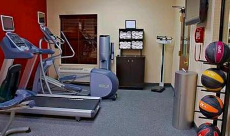 Hampton Inn & Suites Hotel Valparaiso Fitness