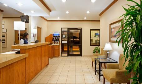 Holiday Inn Express Hotel Merrillville lobby