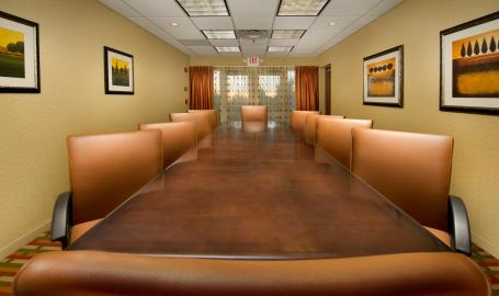 Holiday Inn Express Schererville Hotel boardroom